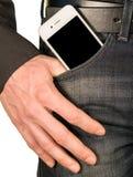 Smartphone στην τσέπη των τζιν Στοκ φωτογραφίες με δικαίωμα ελεύθερης χρήσης