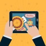 Smartphone в руке с онлайн казино на экране Играя в азартные игры концепции app иллюстрация вектора