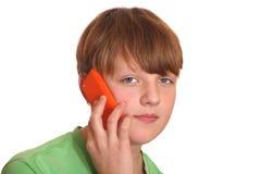 smartphone мальчика Стоковое Изображение