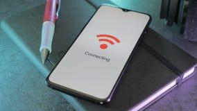 Smartphone подключая к WiFi сток-видео
