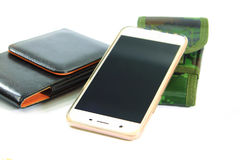 Smartphone, покрывая зеленая картина камуфлирования ткани и черное leat Стоковое фото RF