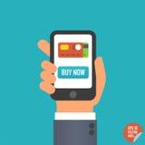 Smartphone avec le bouton d'acheter maintenant et l'icône de carte de crédit à disposition pour le site Web ou l'application mobi Photo stock