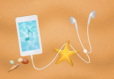 Smartphone on the beach Royalty Free Stock Photography