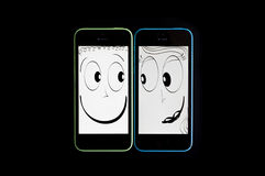 Smartphone che flirta e che si collega Fotografia Stock
