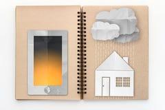 Smartphone com chuva nebulosa e a casa no esboço registram Imagens de Stock