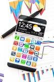 Smartphone com uma exposição transparente Foto de Stock Royalty Free