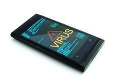 Smartphone con el virus en el fondo blanco Fotografía de archivo libre de regalías