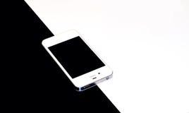 Smartphone czarny i biały tło (czarny i biały fotografia) Zdjęcie Royalty Free