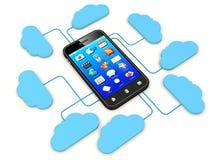 Smartphone dat met wolkenserver wordt verbonden. Stock Afbeeldingen