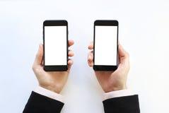 Smartphone a disposizione fotografie stock libere da diritti