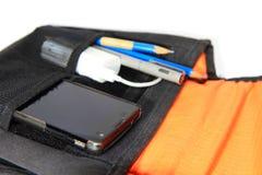 Smartphone en el bolso Imagen de archivo libre de regalías