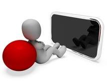 Smartphone en línea representa la representación del World Wide Web y del hombre 3d Foto de archivo