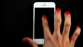 Smartphone-Gesloten het Hoogtepunt van de Vingergebaren van het Aanrakingsscherm stock videobeelden