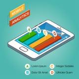 Smartphone isométrico con los gráficos Concepto móvil del analytics Imagen de archivo