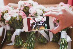 Smartphone-Kameratelefon, das Foto macht Lizenzfreie Stockfotografie