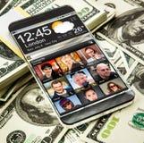 Smartphone med en genomskinlig skärm Royaltyfria Bilder
