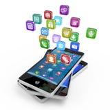 Smartphone med molnet av applikationsymboler Arkivbild