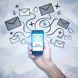 Smartphone met e-mailnetwerk Royalty-vrije Stock Afbeelding