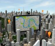 Smartphone met navigator over stad Stock Afbeeldingen