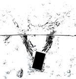 Smartphone moderno do tela táctil e tela vazia isolados no fundo preto com trajeto de grampeamento Fotos de Stock Royalty Free