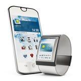 Smartphone och smartwatch som isoleras på vit bakgrund Arkivbild