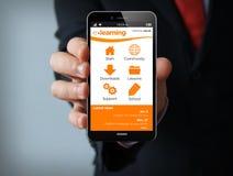 Smartphone online di e-learning di vendita Fotografie Stock Libere da Diritti