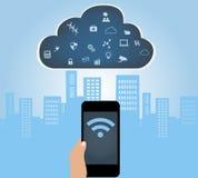 Smartphone s'est relié au nuage à l'Internet des apps de choses Photographie stock libre de droits