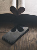 Smartphone Smartphone preto clássico Imagens de Stock Royalty Free