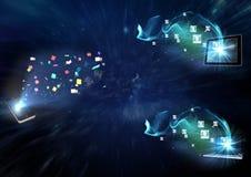 Smartphone, tableta digital y ordenador portátil con los diversos iconos Imágenes de archivo libres de regalías