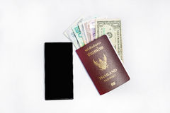 Smartphone &thailandpass som reser Arkivbild