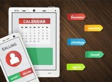 Smartphone und Tablettenbürohintergrund Stockbilder