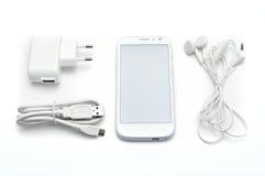 Smartphone uppsättning med tillbehör Fotografering för Bildbyråer
