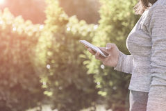 Smartphone-Verwendung Stockfotografie