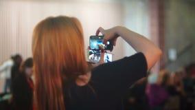 Smartphone-videocamera stock footage