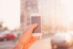 Smartphone w ręce, Zdjęcia Stock