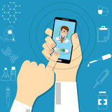 Smartphone z samiec lekarką Obraz Stock