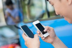 smartphones δύο Στοκ φωτογραφίες με δικαίωμα ελεύθερης χρήσης