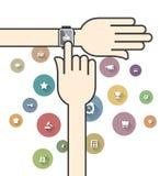 Smartwatch med färgrika Ecommercesymboler Arkivbild