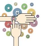 Smartwatch met Kleurrijke Elektronische handelpictogrammen Stock Afbeeldingen