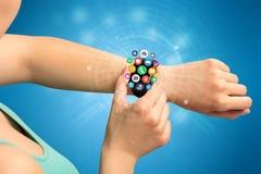 Smartwatch met toepassingspictogrammen Royalty-vrije Stock Foto's