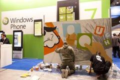 SMAU 2010 - Anstrich des Microsoft- Windowstelefons 7 Lizenzfreie Stockbilder