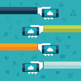 SMAU 2010 - Microsoft se nubla la computación Manos que sostienen los teléfonos con el ejemplo del vector del icono de la nube Imagen de archivo libre de regalías