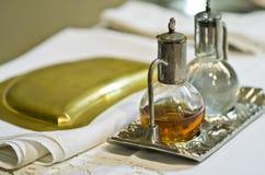 Símbolos de la religión: pan y vino Imagen de archivo