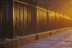 Smeedijzeromheining bij dageraad, Gramercy-Park, NY Stad Stock Foto