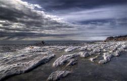 Smeltende sneeuw op een strand Van Alaska Stock Foto