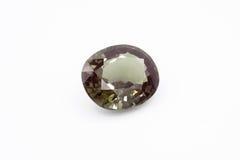Smeraldo su fondo bianco, smeraldo verde, gemme verdi, gemma, Gre Fotografia Stock Libera da Diritti