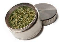Smerigliatrice della marijuana fotografie stock