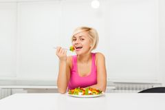 Smile woman healthy eating vegetable fresh salad Royalty Free Stock Photography