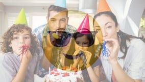 Smiley и семья солнечных очков на дне рождения акции видеоматериалы
