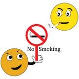 Smiley avec le signe non-fumeurs photographie stock